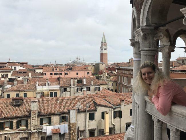Výhled z Palazzo Contarini del Bavolo