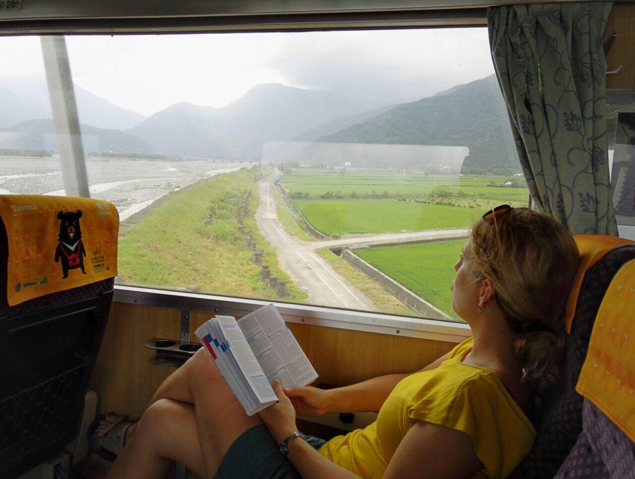 Jedna vzpomínková z Taiwanu - na spontánním výletě totiž s sebou nemáme mobily, a tak nemáme fotky