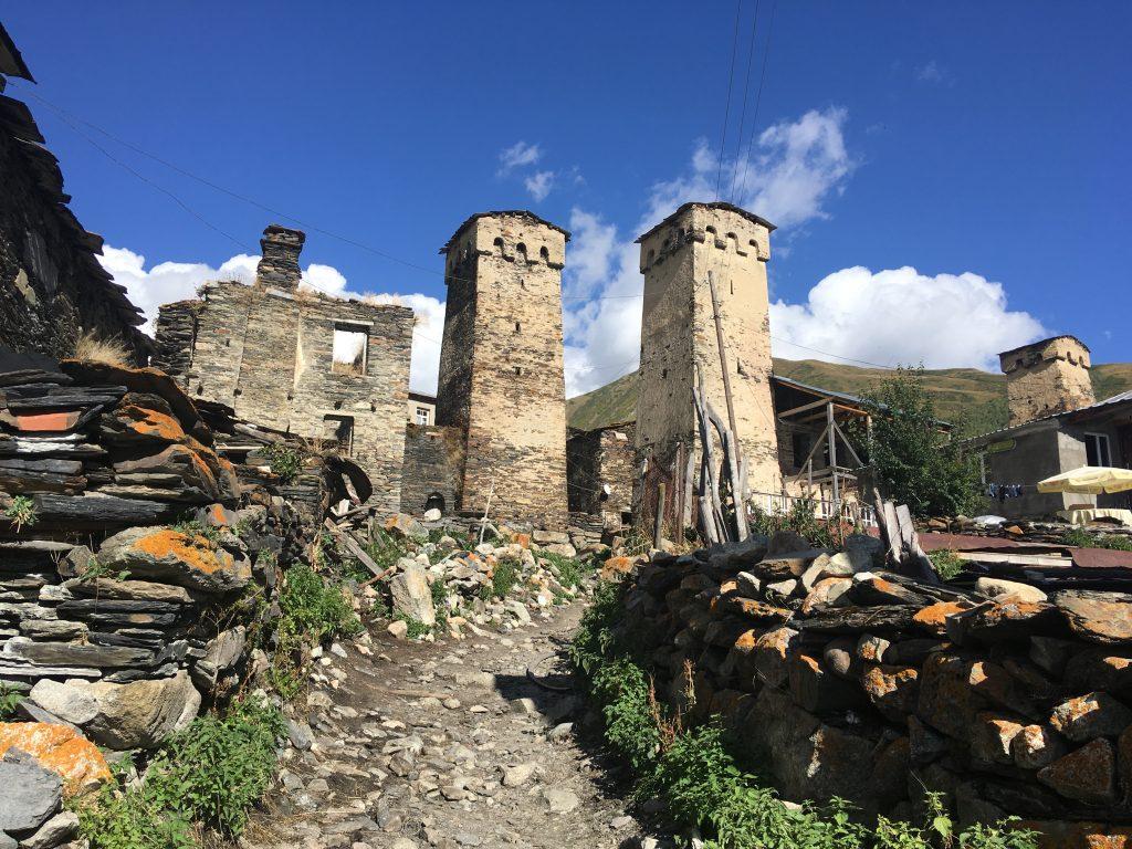 Tradiční věže v Ushguli
