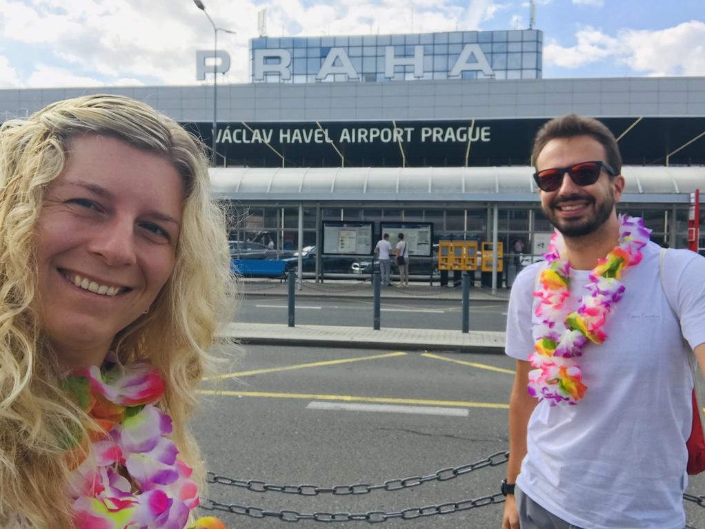 Druhý den po svatbě rovnou na letiště a na líbánky!