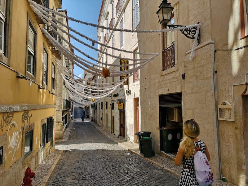 Uličky čtvrti Bairro Alto (v překladu vysoká čtvrť)