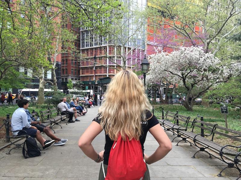 New York v květnu - u radnice