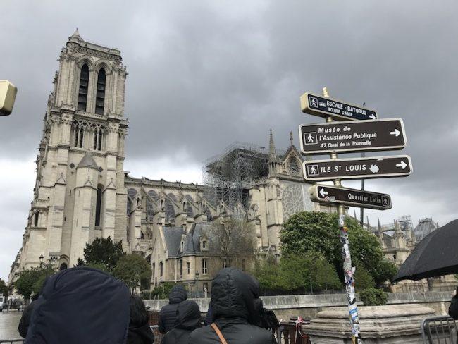 stopover v Paříži