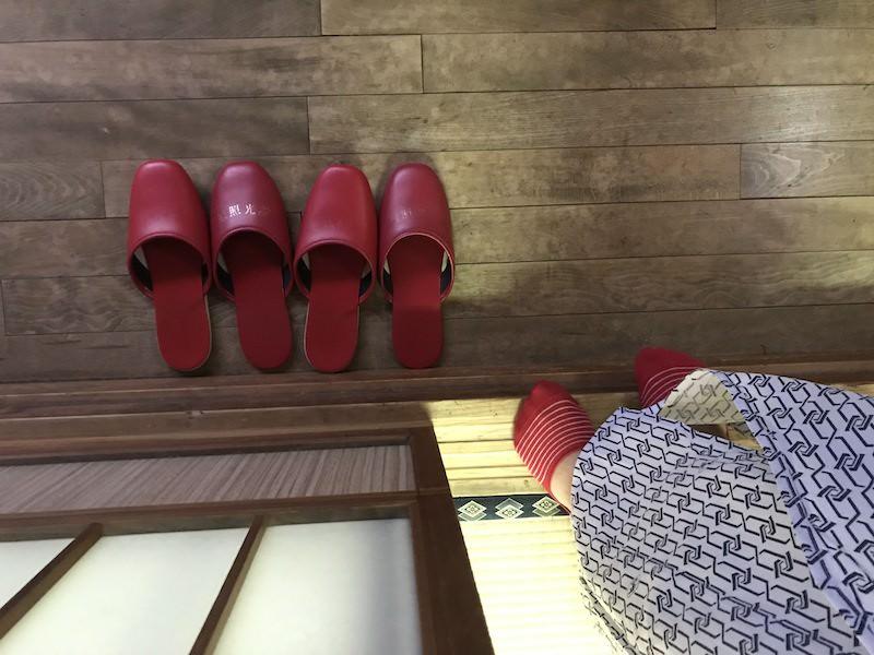 Podle pantoflí jde vždy poznat, kolik lidí kde je, nebo není