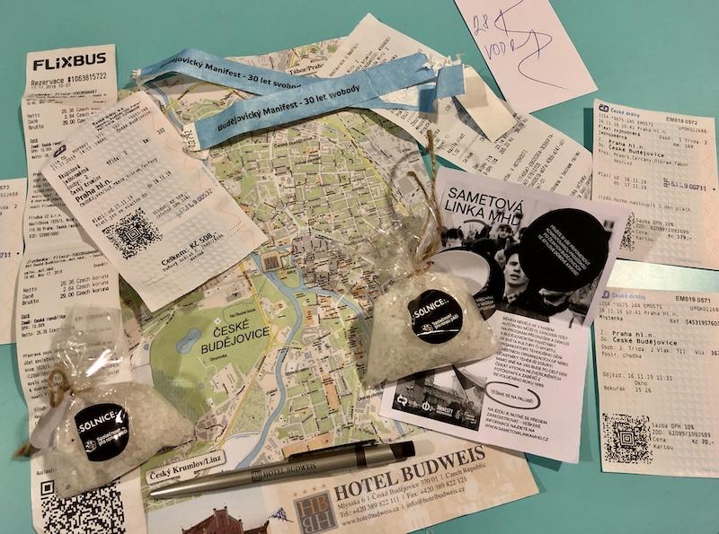 Jako vždy, mapy, jízdenky, vstupenky z výletu