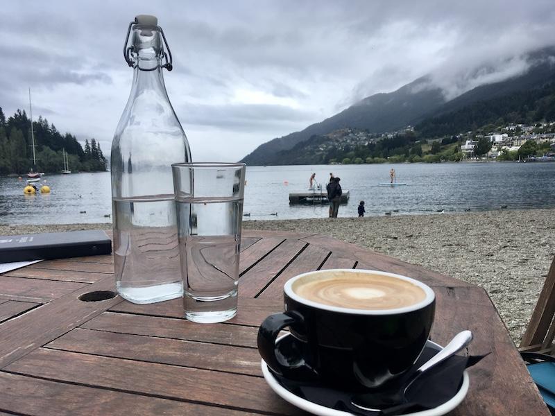 S kávou se dá cestovat po světě