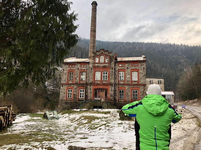 Továrna Temný Důl