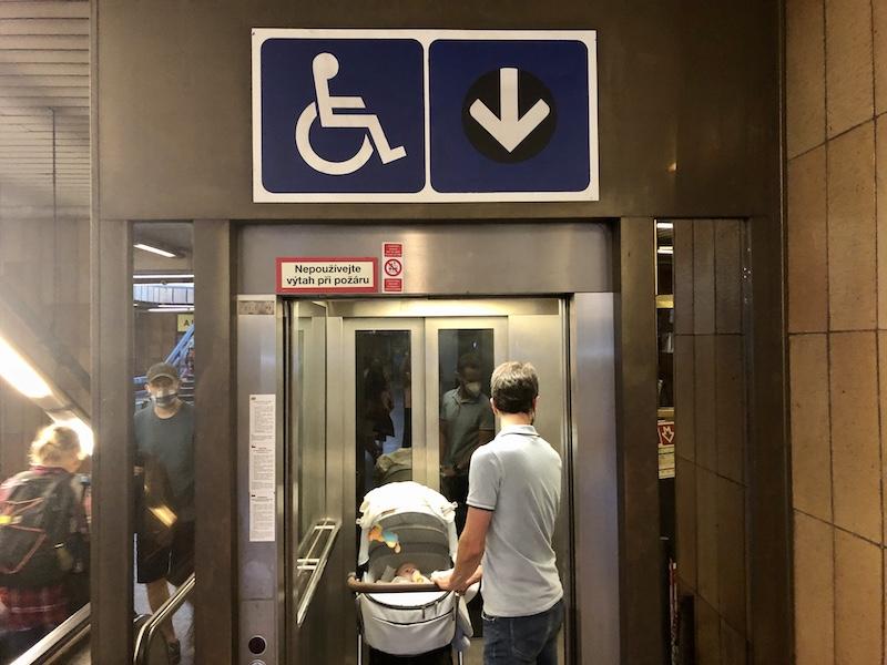 Ideální stav: výtah do metra