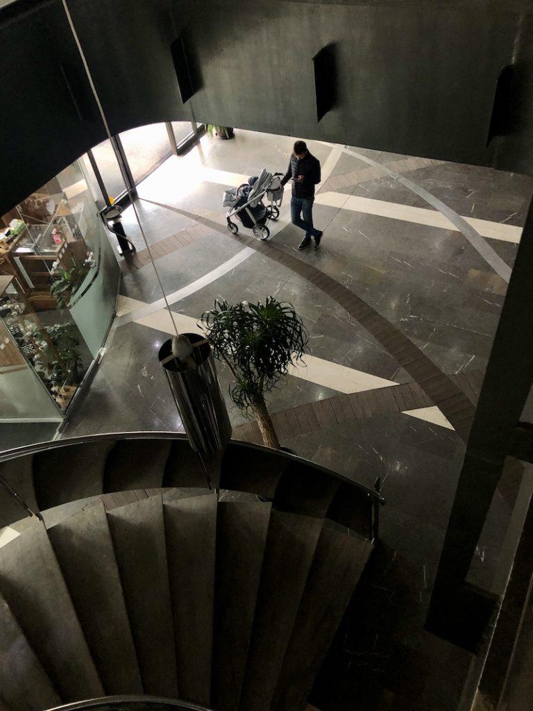 Pohled z prvního patra