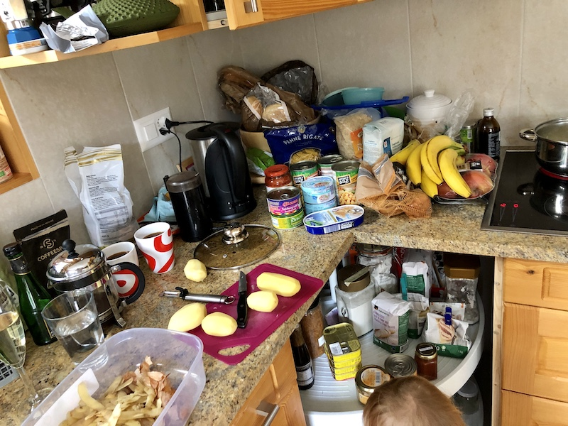 Náš bordel koutek v kuchyni